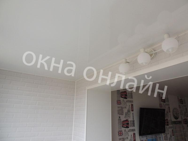 Обшивка-лоджии-ПВХ-панелью-75.4