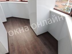 Обшивка-лоджии-ПВХ-панелью-88.9