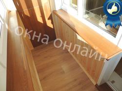 Обшивка-балкона-евровагонкой-43.8