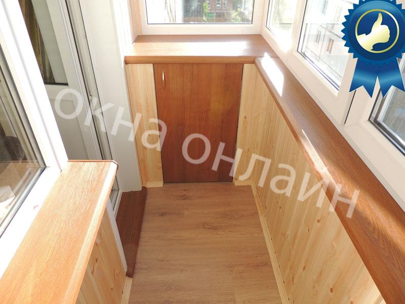 Обшивка-балкона-евровагонкой-43.1