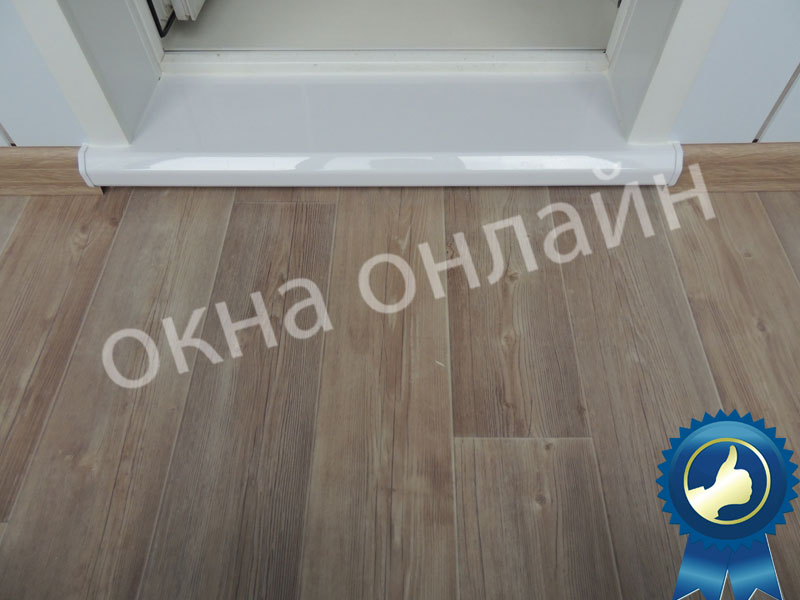 Обшивка-лоджии-ПВХ-панелью-49.16