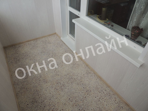 Обшивка-лоджии-ПВХ-панелью-97.9.JPG