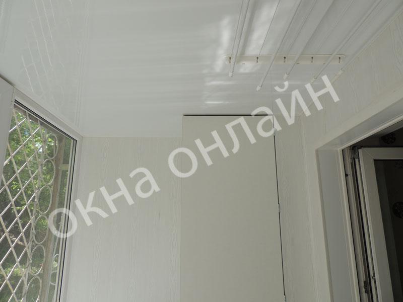 Обшивка-балконв-ПВХ-панелью-69.5