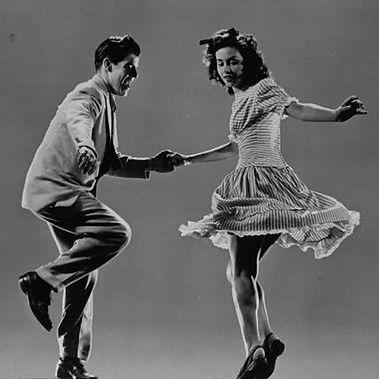 -Classes de Lindy Hop(Swing Dance) a Espai Vital  de Cardedeu
