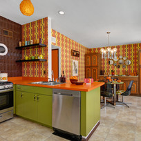 KITCHEN+TO+DINING+ROOM.jpg