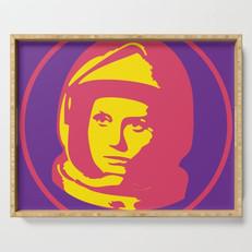 astronaut2733370-serving-trays.jpg