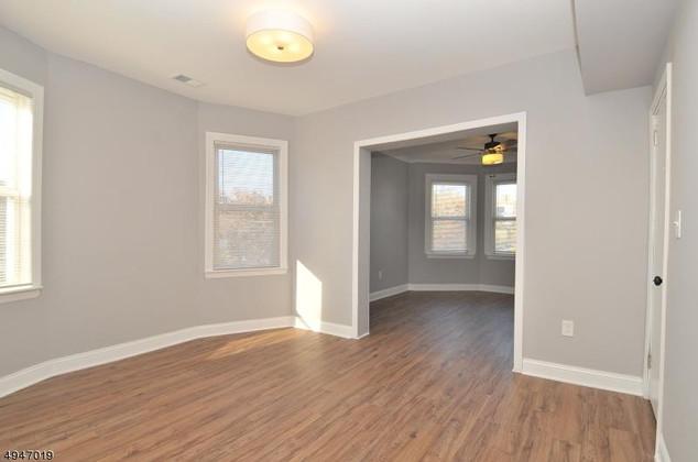 livingroom$.jpg