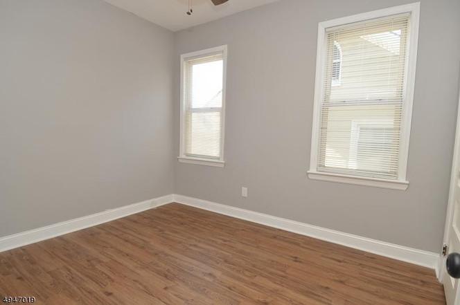 bedroom!.jpg