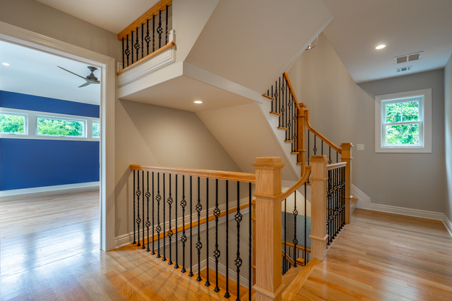 Dudonis Construction-27 N Cottage-Stairw