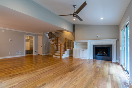 Dudonis Construction-27 N Cottage-Living