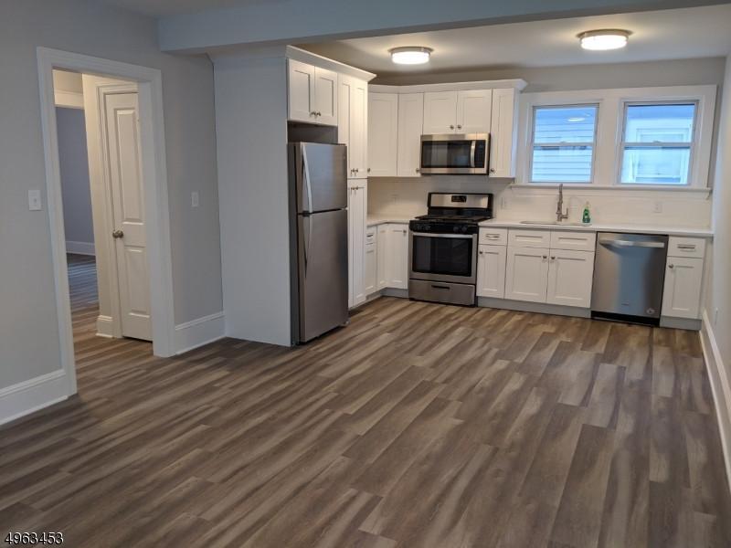 52 Thomas St, Bloomfield NJ 3-Family Rental Property