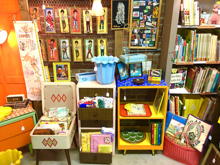 kitschy booth 4