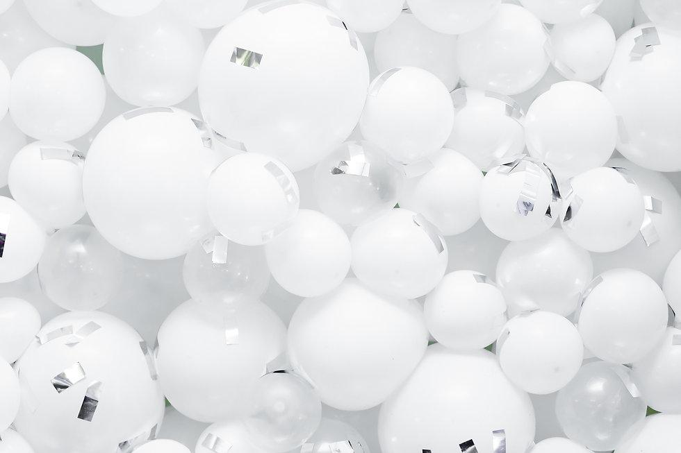 Balloon Z White Balloons Background Pic.