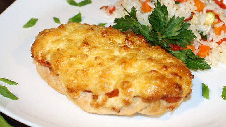 Куриное филе запеченное с сыром 1/140г