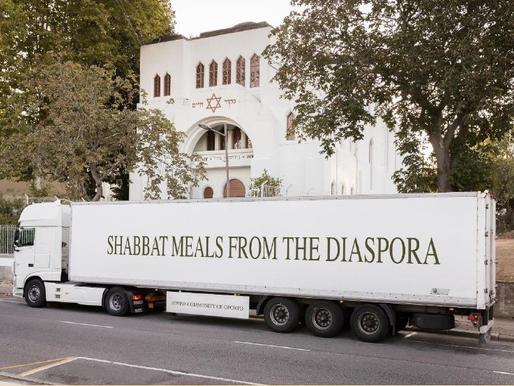 Jewish organizations distribute Shabbat meals