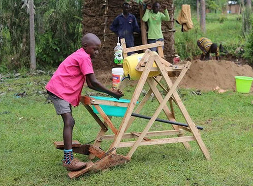 Kenyan boy receives an award from the government for creating a hand-washing machine