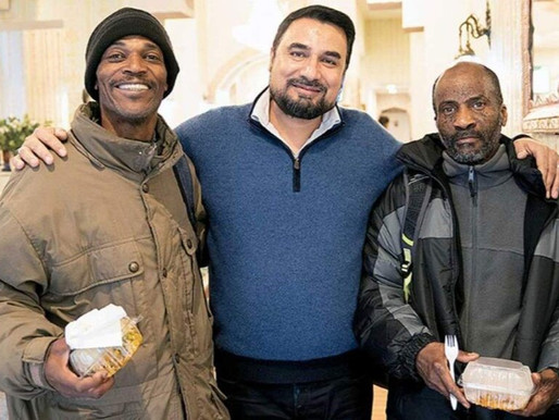 Restaurant who fed homeless people is saved by the neighbours