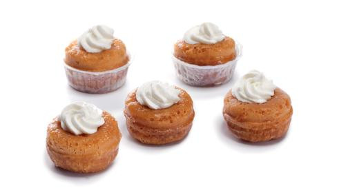 mini baba au rhum table d'azur.jpg