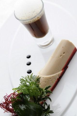 Terrine de foie gras, gelée de betterave.jpg