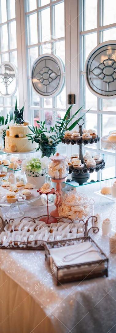 gâteau-de-friandise-et-mariage-