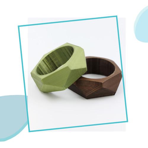 Trendy bangles