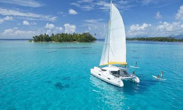 Tahiti Yacht Charter Paddleboarding 2000
