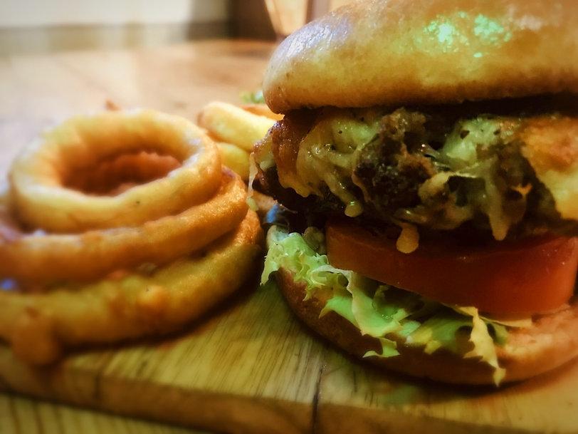 burger 2_edited.jpg