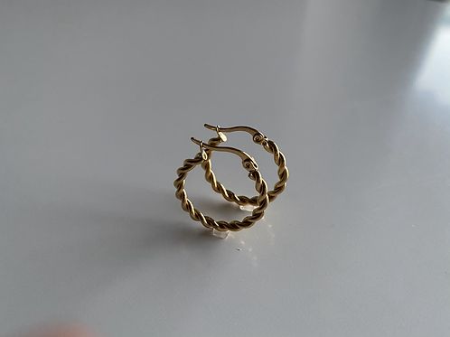 Serene Twisted Large Hoops 22mm