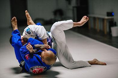 Jiu jitsu Self Defense Program at Overall Cobrinha Brazilian Jiu Jitsu Academy in Agoura Hills California By Professor Nicollas Welker