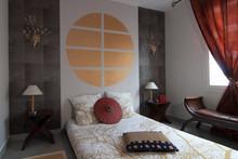 Avant/après : une chambre neuve à la déco japonisante et zen  (part 2)