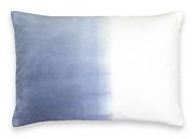 Coussin blanc bleu flou.png