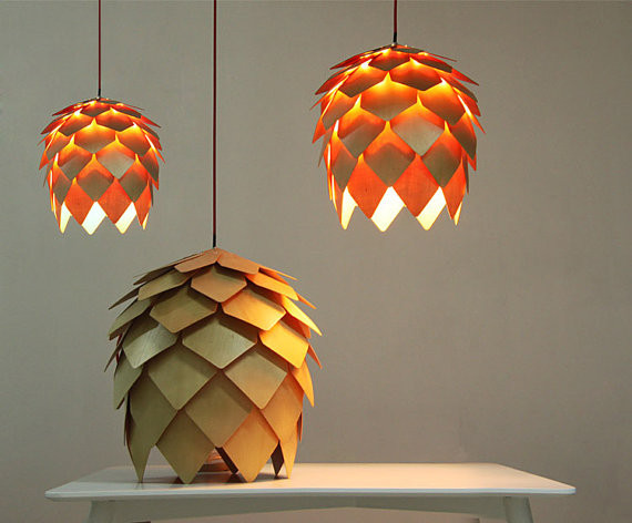 Cocooning : 11 luminaires bois pour réchauffer votre intérieur