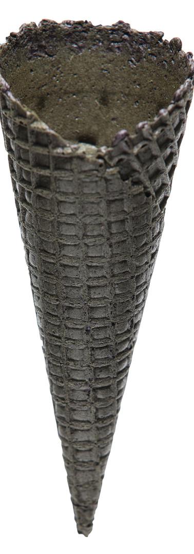 Natural Top Waffle Cone B - Cocoa Black