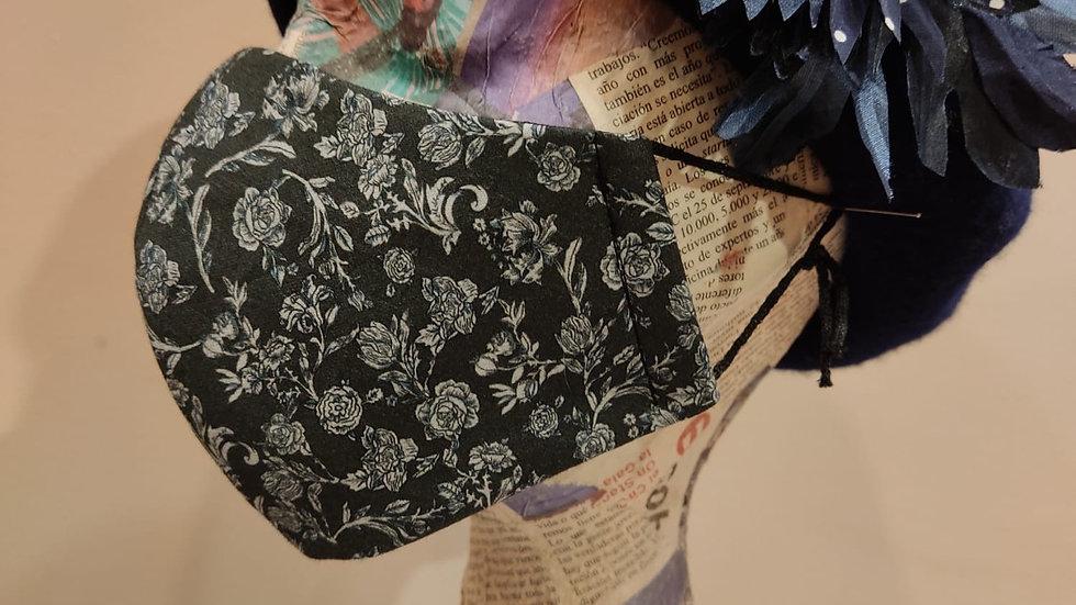 Mascarilla negra flores grises,