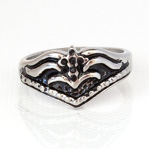 Ladies Zircon Biker Ring