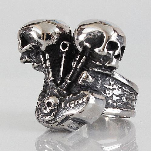 2 Skull Engine Ring