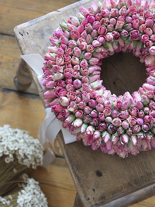 Vintage Ring of Roses Wreath (Large)