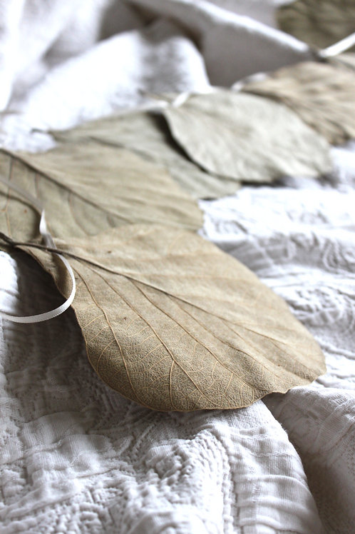 Large Leaf Garland
