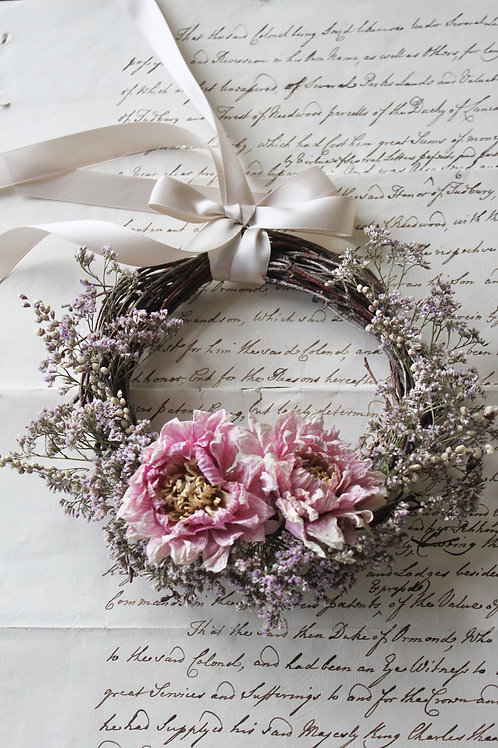 Pink Dahlia & Sea Lavender Wreath