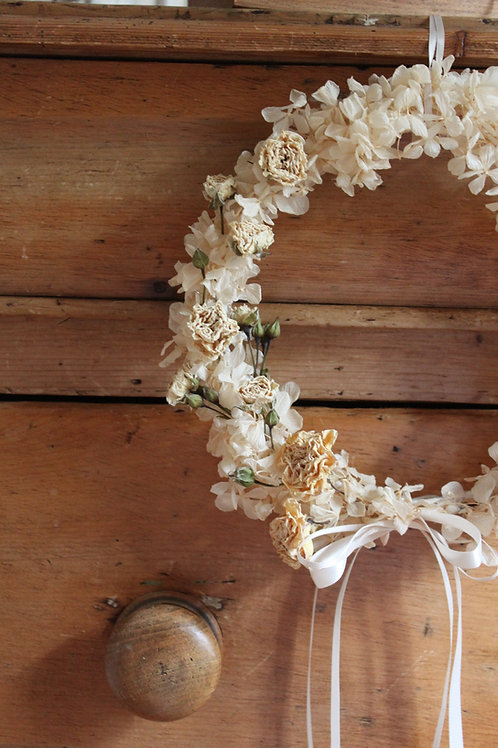 Fine Ivory Rose and Hydrangea Wreath (boxed)