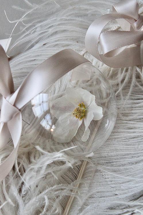 Single Hellebore Glass Decoration