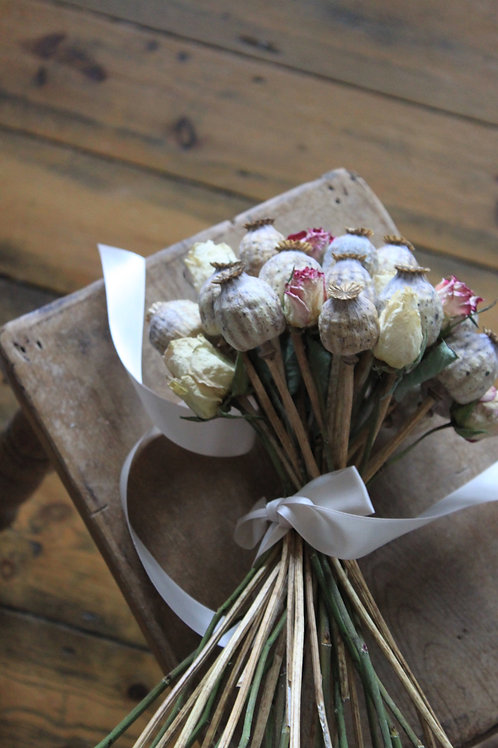 Poppy Seed Head & Rose Bunch