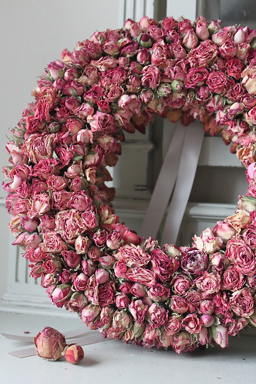 Ring of Roses (Pink)