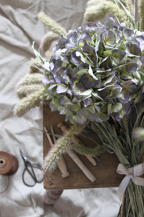 Hydrangea & Grass posie (x1 Large Head)