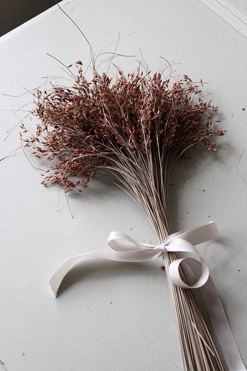 Natural Chestnut Grass Posie