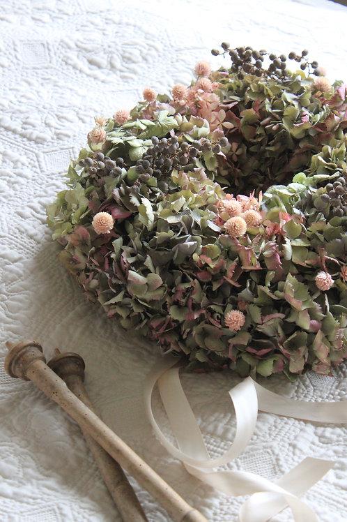 Hydrangea Clover & Dadel Wreath (Large)