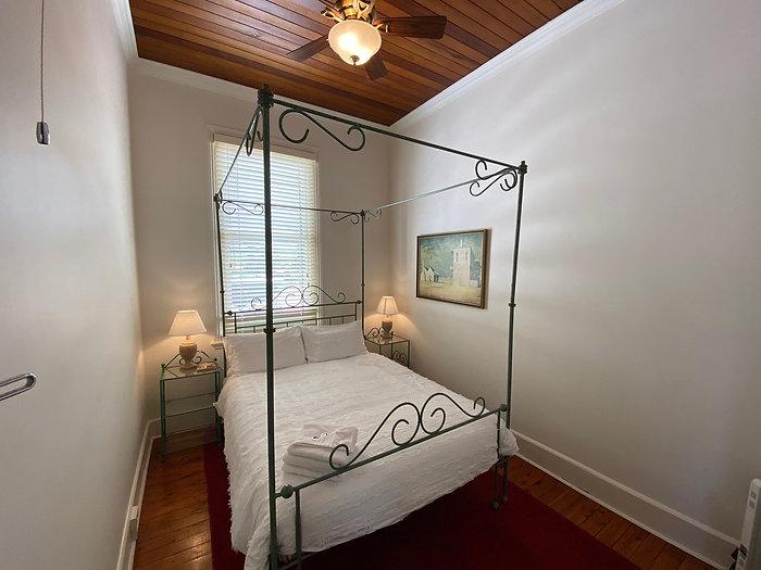 Room 5.3.jpg