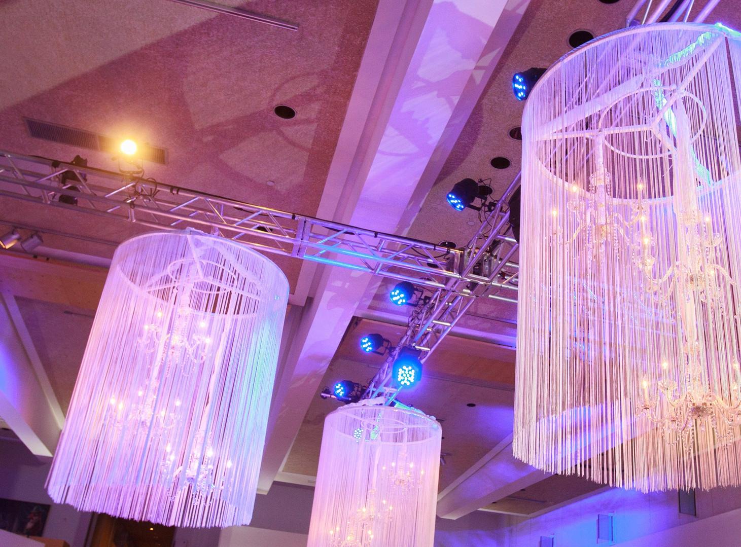 Details of Phoenix Art Museum wedding