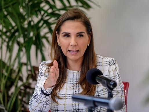 MARA LEZAMA CERO OBRA EN EL MUNICIPIO MENOS REPARACIONES.