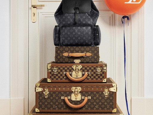 LOUIS VUITTON AND ADVENTURES AWAITS. (pauta)